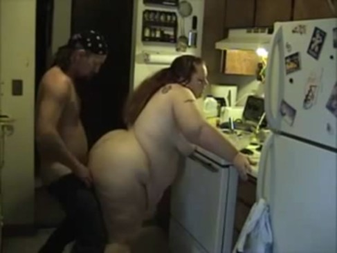 Fat Girl Getting Fucked in the Kitchen