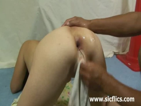 Destroying the wifes ass with a wine bottle and fisting
