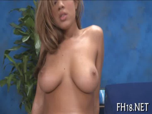 Sexy hot playgirl bonks and sucks